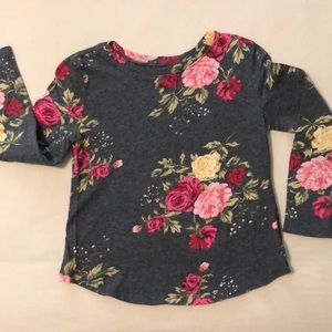 Long sleeved rose tee